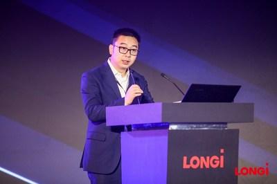Dennis She, vicepresidente sénior de LONGi Solar (PRNewsfoto/LONGi Solar)