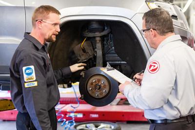 PepBoys, una de las redes de servicio automotor líderes en el país, otorgará becas de $100,000 a técnicos aspirantes del área automotriz a través de su programa anual de becas Find Your Drive. (PRNewsfoto/Pep Boys)